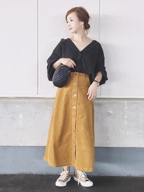 コーデュロイフロントボタンロングスカート