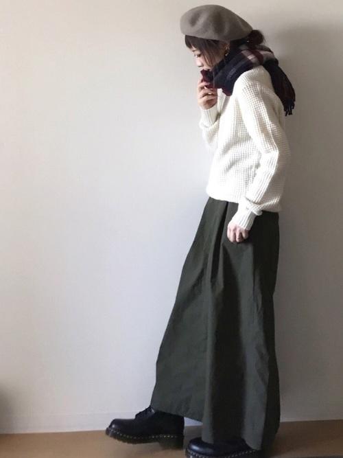 ワッフルクールネックセーター3