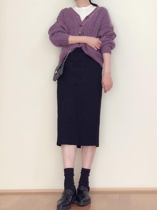 シンプルな黒スカート6