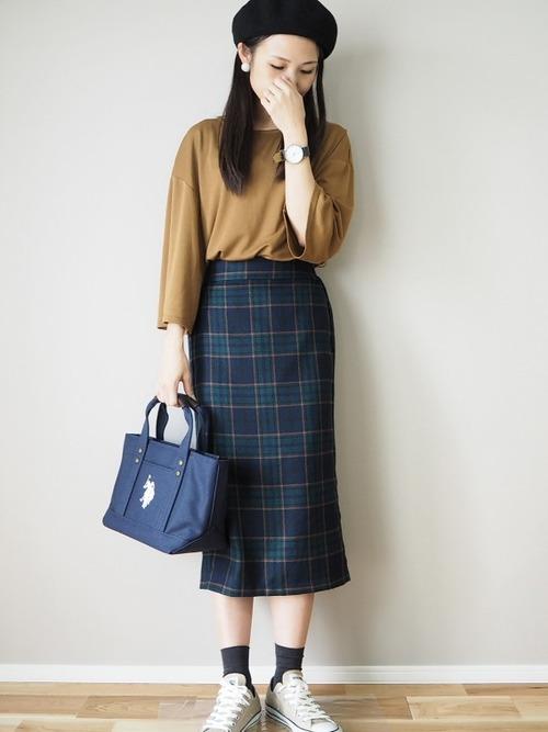 秋冬に欠かせないチェック柄スカート4