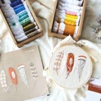 手作りの温かさ!色とりどりの模様が美しく描き出される刺繍雑貨まとめ