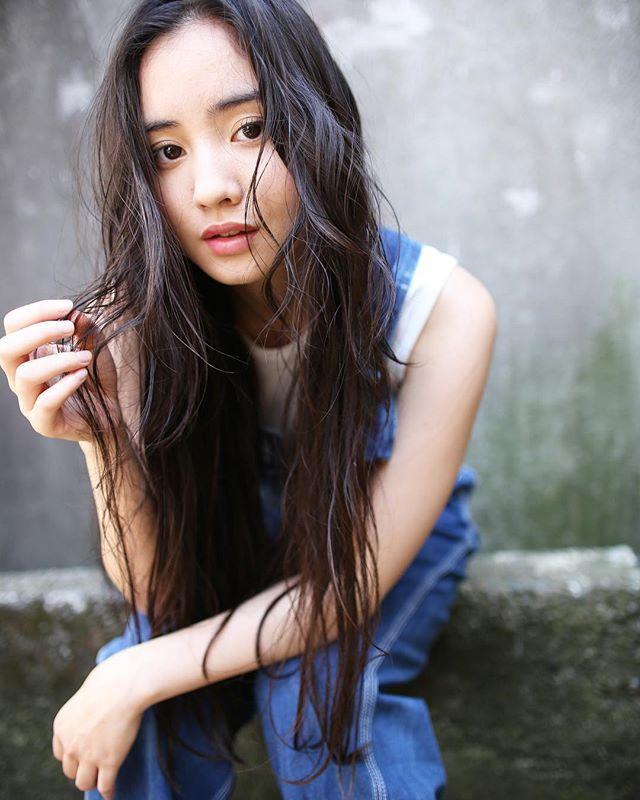 黒髪ロングヘア56