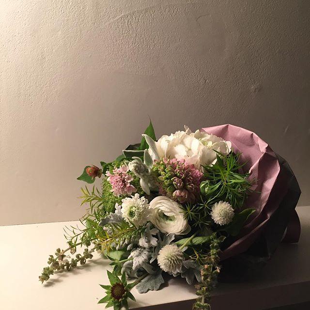 花をインテリアに溶け込ませる秘訣2