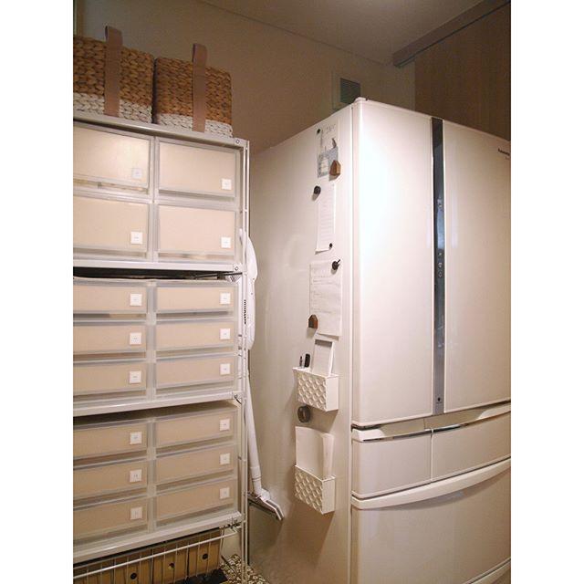 冷蔵庫の横3