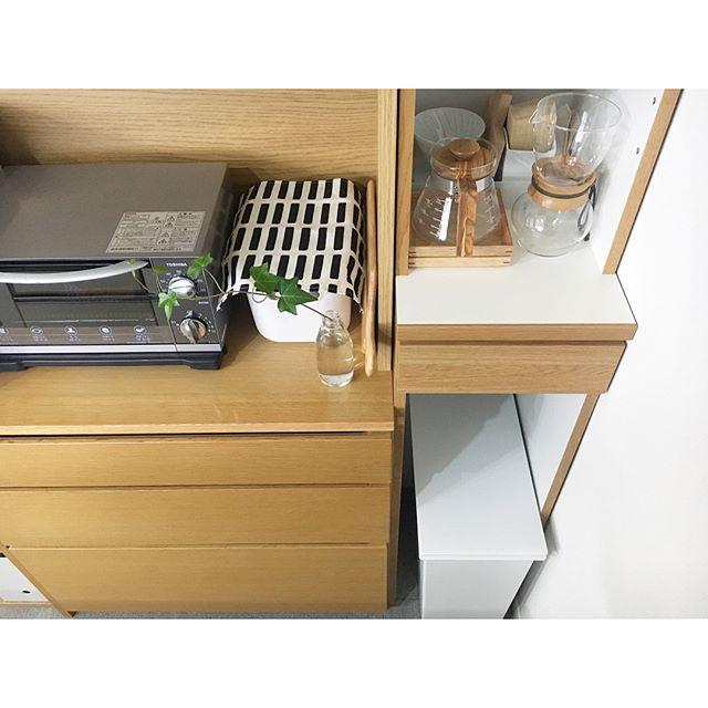 キッチンの隙間も有効活用でスッキリ便利に♪3