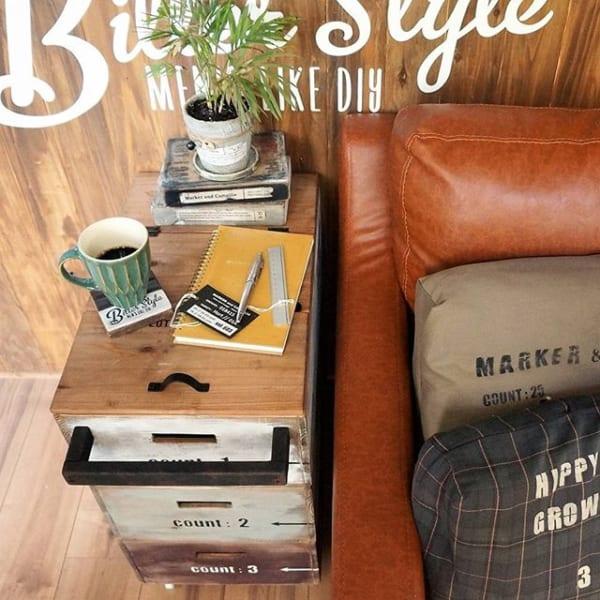 DIYのサイドテーブル