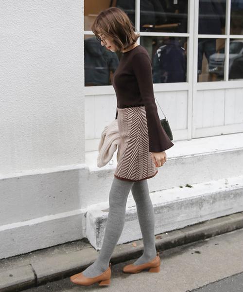 ウエストゴムジグザグ柄デザインひざ上ミニスカート