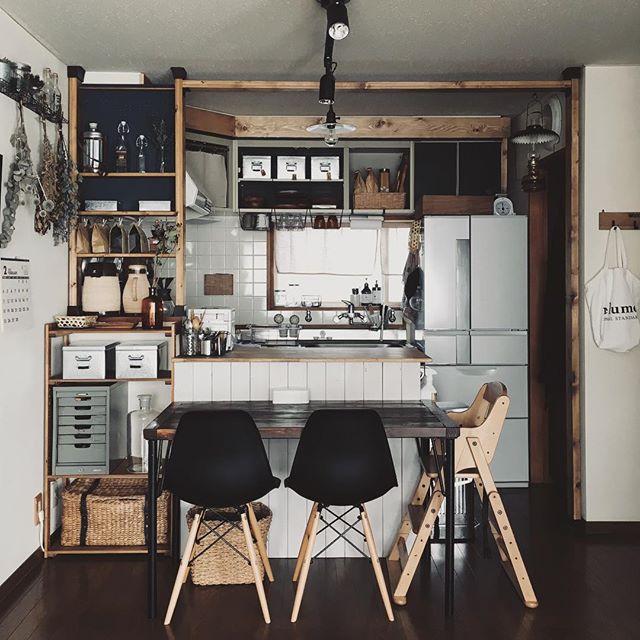 自分で作ればピッタリ☆収納したい物別にDIYで棚を作るアイデア25