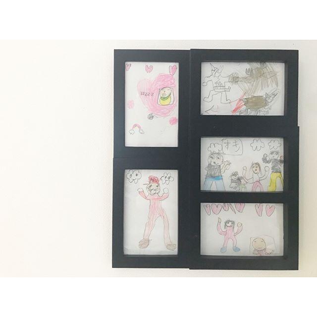 ポスターを手描きしたりお子さんの絵を飾る4