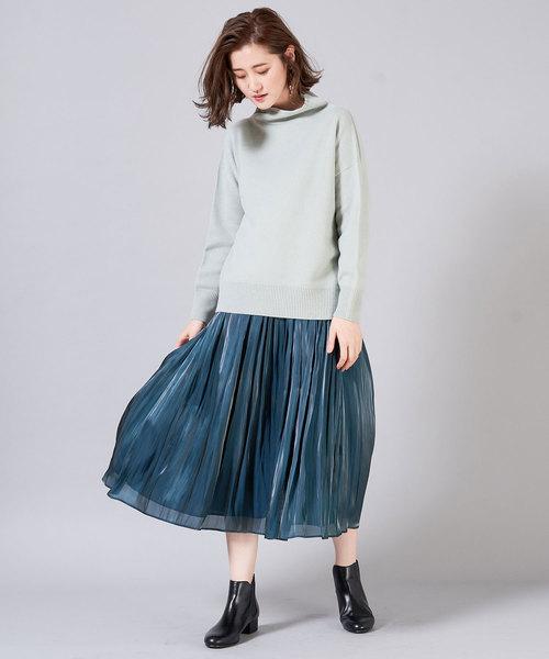 リキッドプリーツスカート