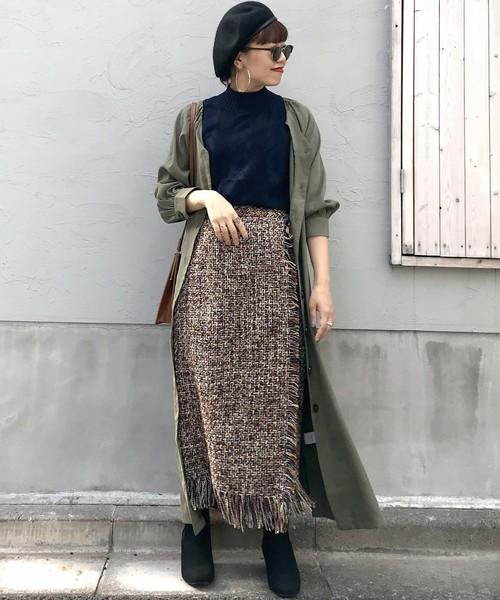 ラップ風ツイードスカート