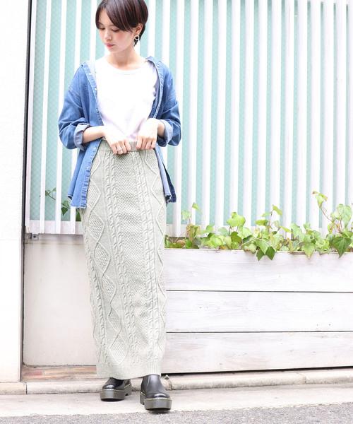 ニットケーブルタイトスカート