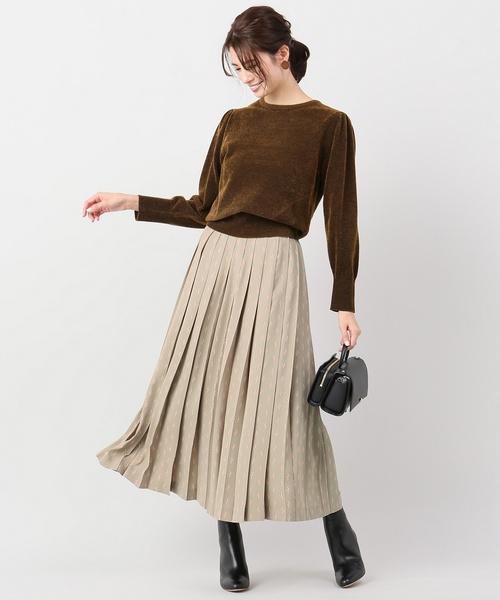モノグラムプリーツスカート