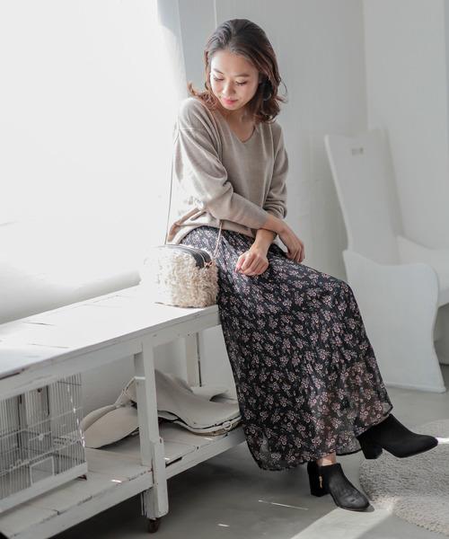 【WEB限定】カシミヤタッチドルマンVネックニット