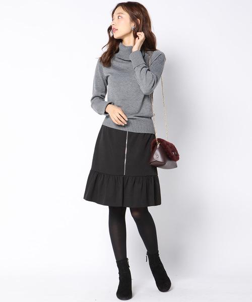 裾フリルミニスカート
