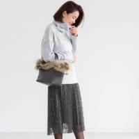 フェミニンもカジュアルも!「プリーツスカート」を大人っぽく着こなす♡