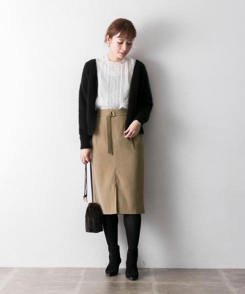 ベルト付サテンムースタイトスカート