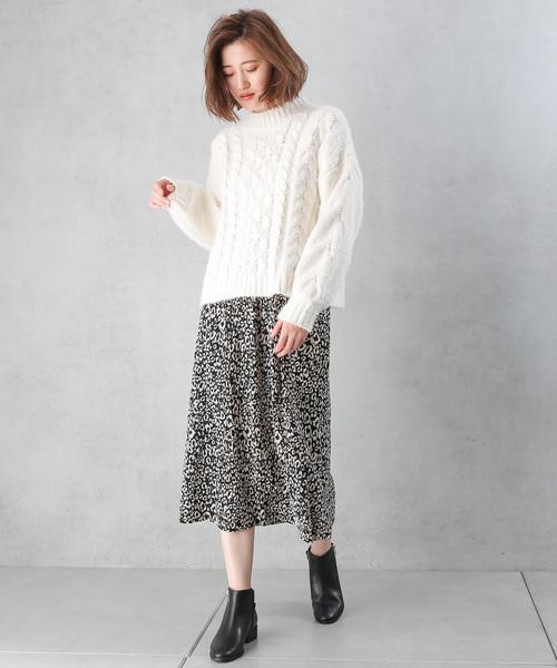 ベロアプリーツヒョウ柄ナロースカート