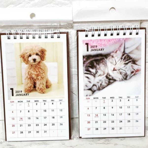 卓上カレンダーも