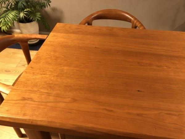 敷くだけでイメージが変わるテーブルクロス