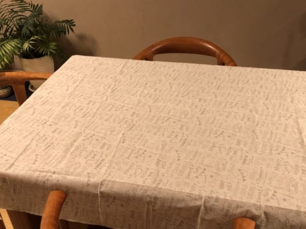 敷くだけでイメージが変わるテーブルクロス3