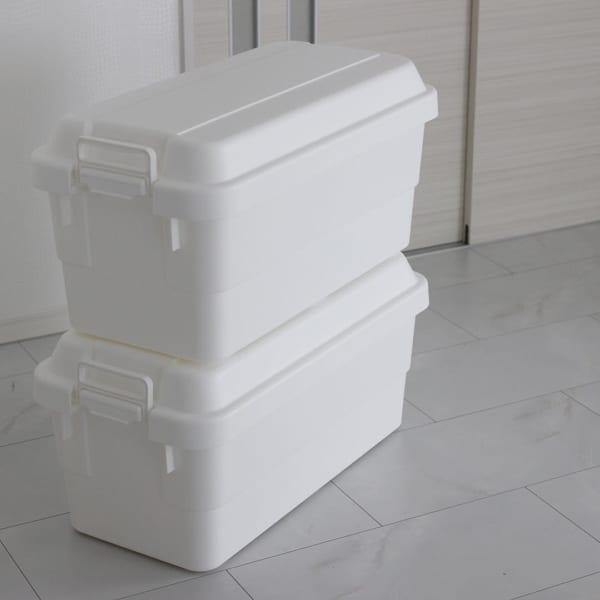 RISUのホワイトの収納ボックス