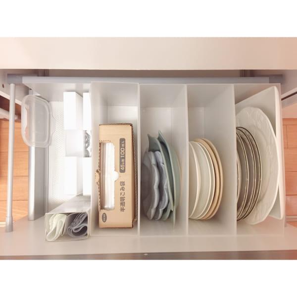 調理器具、食器の収納は引き出しに入れてスッキリと10