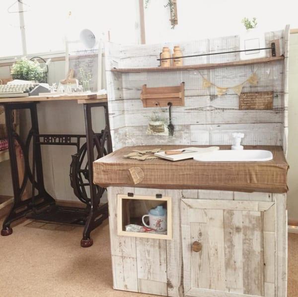 段ボールで作ったキッチン