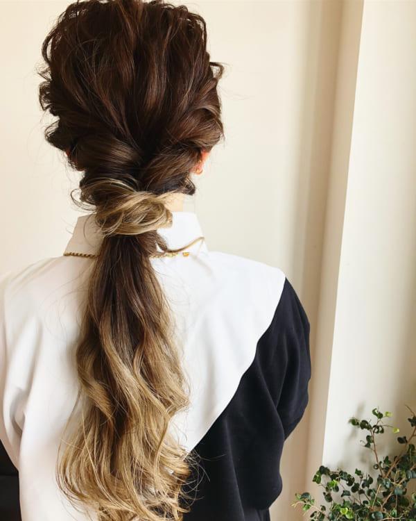 髪が多い人の簡単まとめ髪11