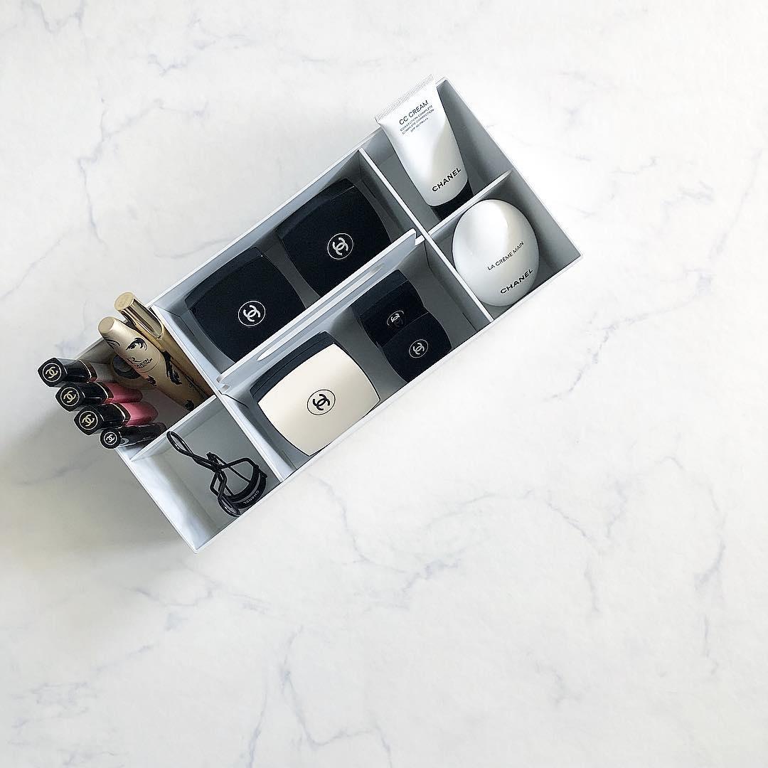 ホワイトグレーの収納キャリーボックス7