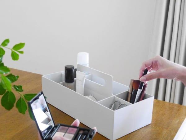 ホワイトグレーの収納キャリーボックス8