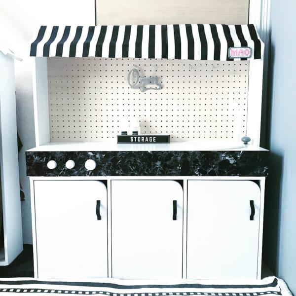 ニトリの扉付きボックスを使ったワイドキッチン