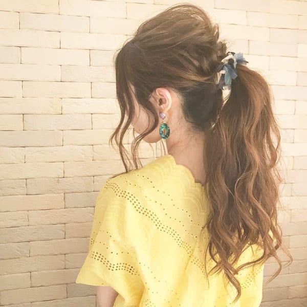 シュシュを使ったまとめ髪3