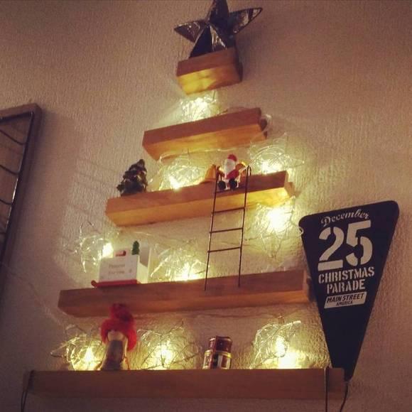 物語性も感じるクリスマスツリー