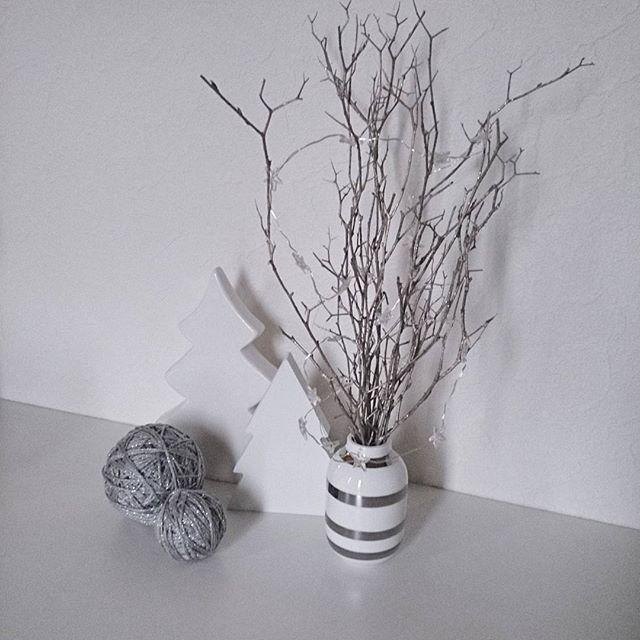 枯れ枝、流木などを飾る1