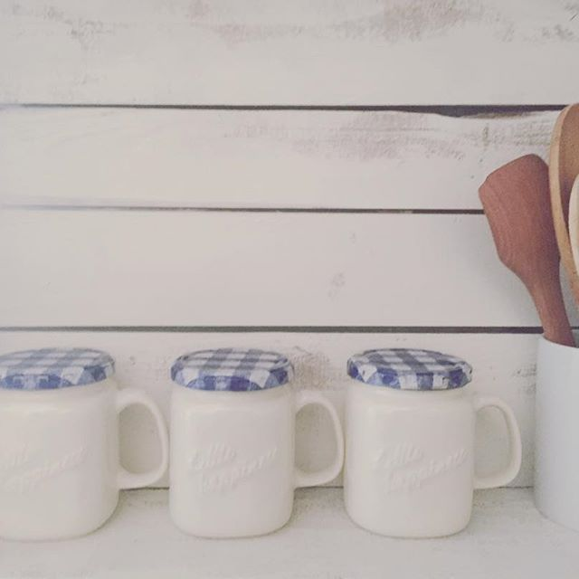 ホワイトマグカップ