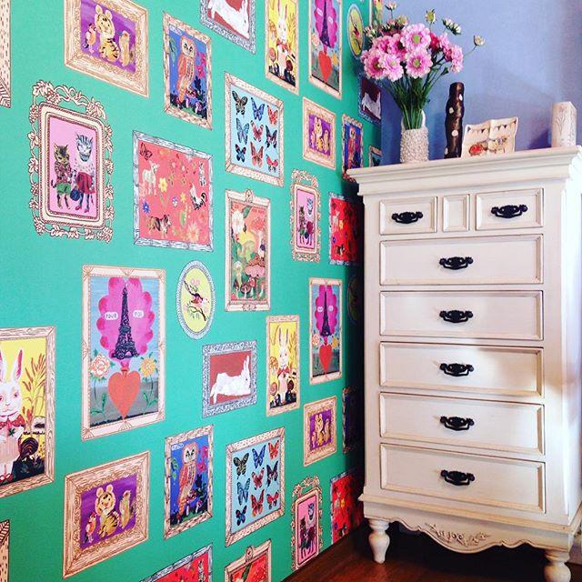 スタイリッシュな家具と雑貨はバランスよく飾る4