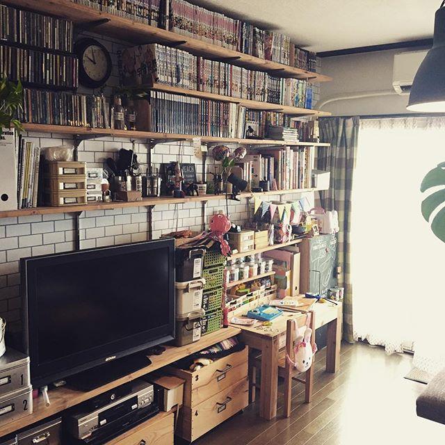 ブックカフェ風の部屋におすすめの本棚2