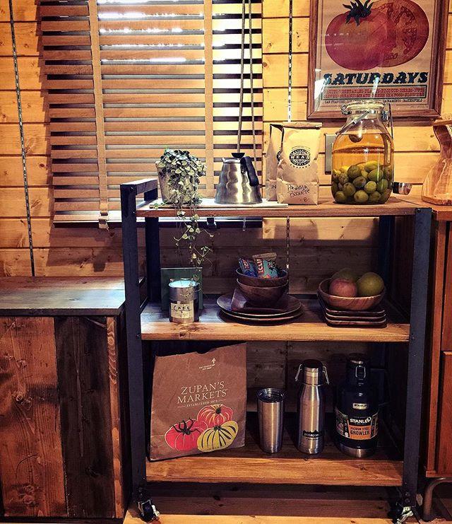 キッチンワゴンを食器棚として利用2