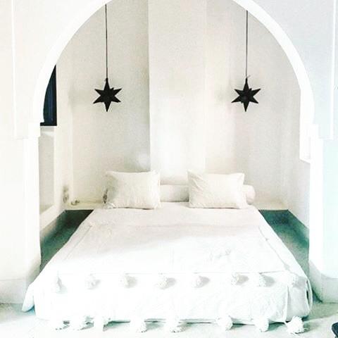 ベッドカバーにつけて