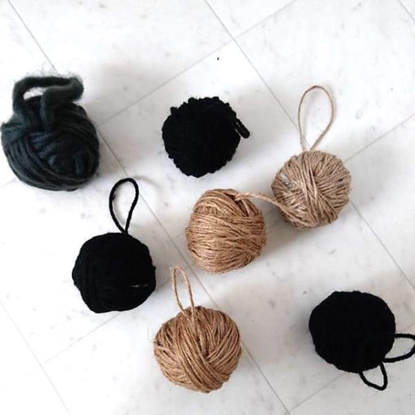 毛糸や麻紐でオーナメント