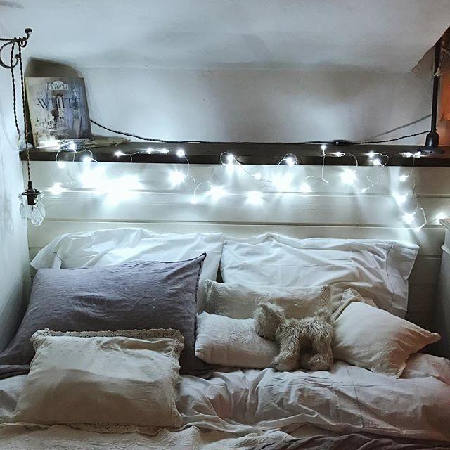 枕元を明るく