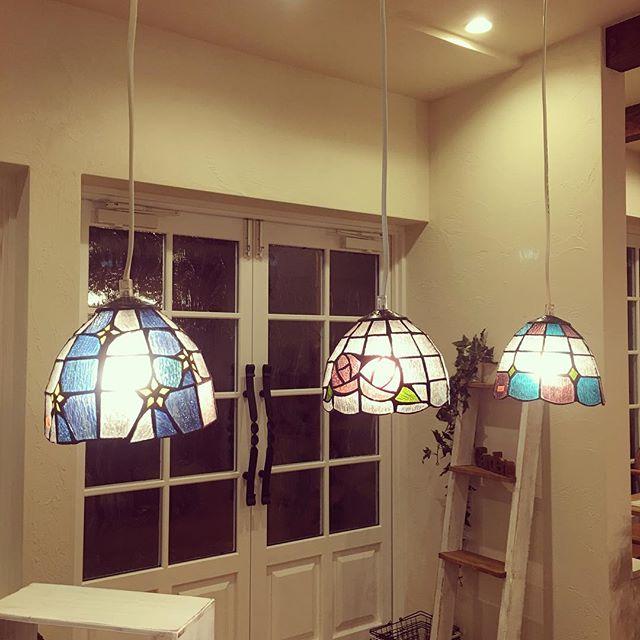 お部屋を彩るおしゃれな照明5