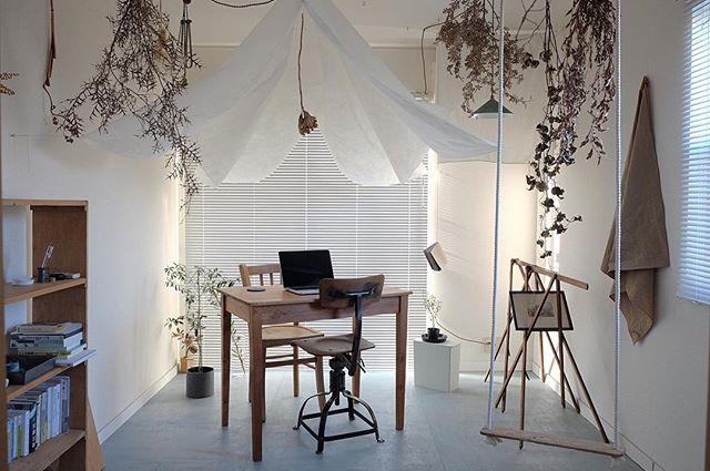 ブックカフェ風の部屋の実例集4