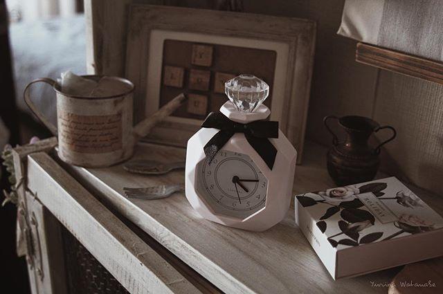 デザイン様々な置き時計3