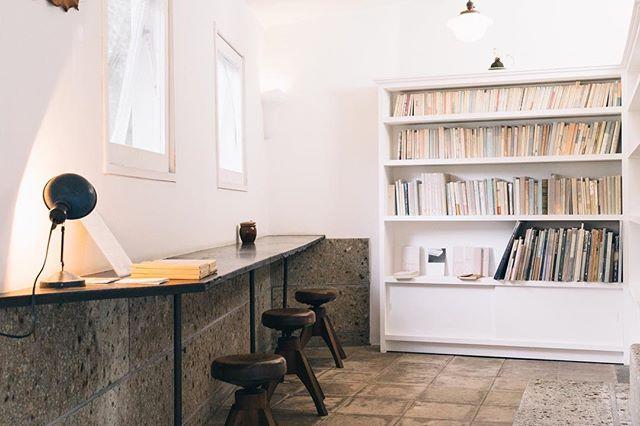 ブックカフェ風の部屋の実例集7