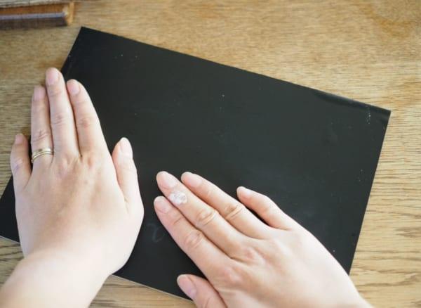 フォトフレームを使った黒板プレート3