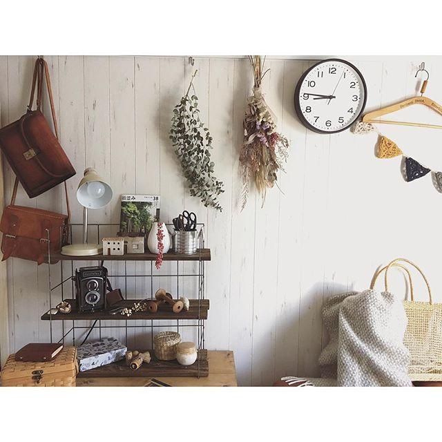 どんなインテリアにもマッチするシンプルな壁掛け時計