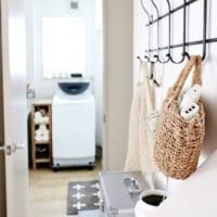 簡単便利な収納術!フックを使って快適で掃除しやすいお部屋を実現しよう☆