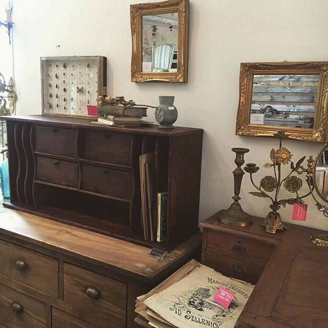素敵な家具はハイセンスに飾る3